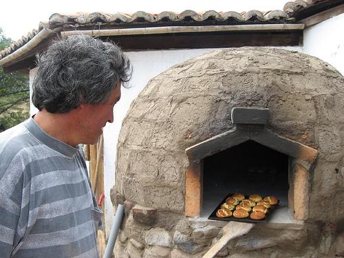 Horno de barro construcci n manual kcina mi cocina - Horno de piedra casero ...